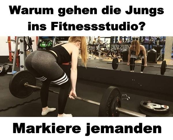Warum gehen die Jungs ins Fitnessstudio? - xdPedia.de (1384)