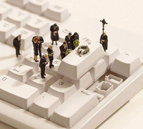 A funeral on a keyboard
