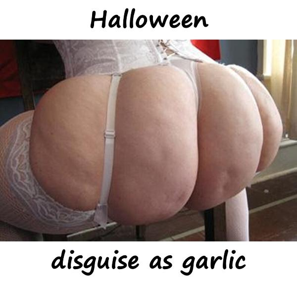 Halloween disguise as garlic