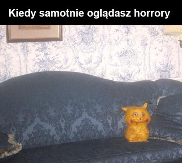 Kiedy samotnie oglądasz horrory