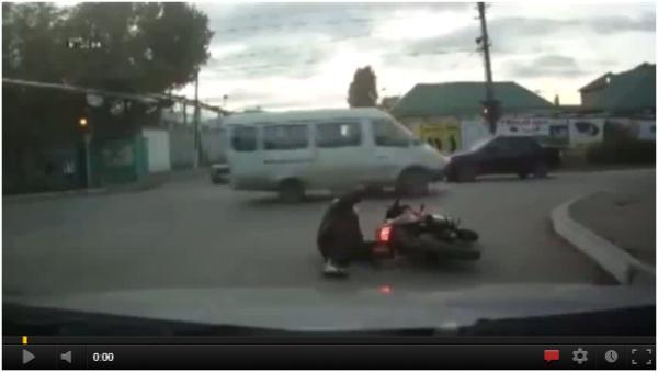Nauka jazdy na motorze Lekcja pierwsza - ujarzmianie dzikiego motoru