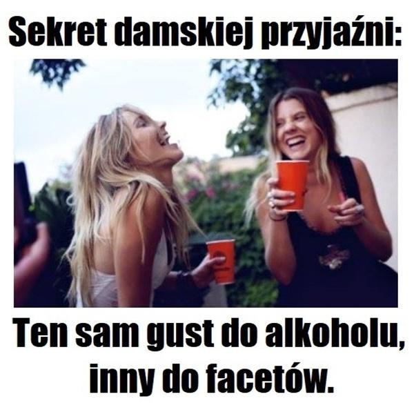 Sekret damskiej przyjaźni: ten sam gust do alkoholu, inny do facetów