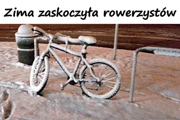 Zima zaskoczyła rowerzystów